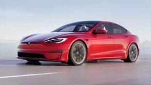 Tesla doufá, že její továrna vNěmecku začne vyrábět vříjnu